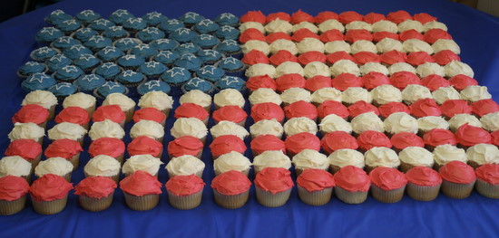 American flag cupcake display